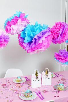 Du planst eine Einhorn Party? Hier findest du 7 einfache und originelle DIY Ideen, die auf deiner nächsten Einhorn Geburtstagsparty nicht fehlen dürfen!