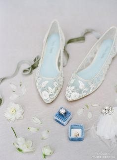 These handmade embroidered flats from Bella Belle is utterly romantic!
