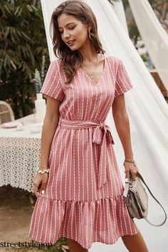 Casual Day Dresses, Modest Dresses, Pretty Dresses, Modest Fashion, Women's Fashion Dresses, Boho Fashion, Style Fashion, Dress Robes, Striped Dress