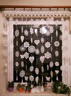 Crochet Motif Patterns, Christmas Crochet Patterns, Crochet Snowflakes, Crochet Designs, Homemade Home Decor, Diy Crafts For Home Decor, Diy Arts And Crafts, Crochet Art, Crochet Home
