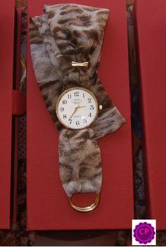 Relojes con pañuelo !!! Los puedes encontrar en www.capricciplata.com www.facebook.com/capricci.plata1
