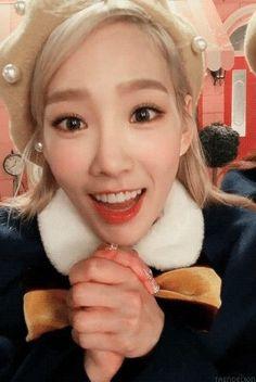 Taeyeon - 'Dear Santa'