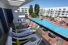 En riktig pärla på Algarve kusten!  Vid den fina marinan, mitt i Lagos bor du riktigt bekvämt golfen spelar du på den spektakulära Palmares banan. Det här är det bästa av Algarve!