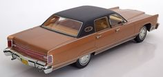 1975 Lincoln Continental Town Car Brown Metallic Model Car in 1:18 Scale by BoS Models