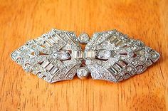 Vintage-Large-Art-Deco-Style-Silver-Tone-Bar-Brooch-with-White-Rhinestones