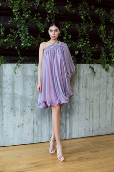 One shoulder silk flows dress and embroidery / Rochie pe un umar din matase si broderie din dantela guipure - Maigre Couture One Shoulder, Shoulder Dress, Couture, Embroidery, Silk, Dresses, Fashion, Lean Body, Lavender