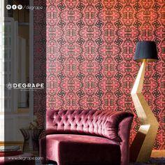 Hem şık hem iddialı duvar kağıdı desenlerini ve farklı renklerin uyumunu siz de denemek isterseniz, yakından incelemeniz için bekleriz. Ürün: ✨ Arte - Flavorpaper #perde #degrape #degrapedepo #izmir #curtain #duvarkağıdı #istanbul #curtain #upholstery #textile #design #interiordesign #elegant Wingback Chair, New Mexico, Accent Chairs, Lounge, Couch, Curtains, Elegant, Wallpaper, Inspiration