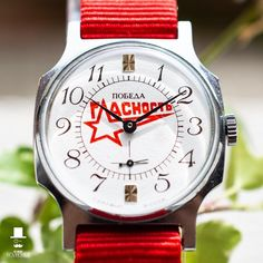 Pobeda with red nato strap. Looks really fresh!