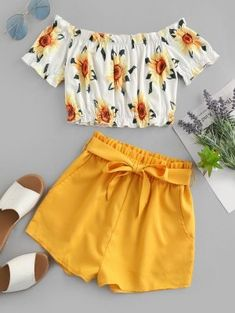 Cute Off Shoulder Sunflower two pieces outfit Take in plenty of sunshine with this sunflower two-piece set. The off-the-shoulder top with the sunflower print and the solid-color shorts edgy with the m Cute Girl Outfits, Cute Summer Outfits, Cute Casual Outfits, Stylish Outfits, Shorts For Summer, Girls Fashion Clothes, Teen Fashion Outfits, Outfits For Teens, Kids Fashion
