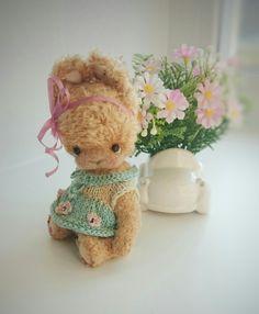 Crochet teddy rabbit 🐰, size 10 sm, for adoption Aqua Rose, Teddy Toys, Crochet Teddy, Cute Creatures, Adoption, Rabbit, Bunny, Dolls, Artist