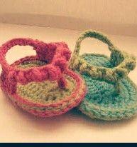 Baby croche slipper