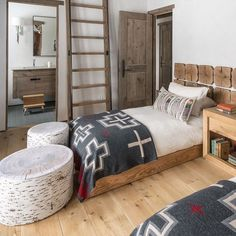 Our San Miguel blanket stars in the upcoming book CABIN STYLE by with photos by Home Bedroom, Bedroom Decor, Bedroom Ideas, Pendelton Blankets, Couple Room, Pendleton Woolen Mills, Southwest Decor, Princess Room, Home Fashion