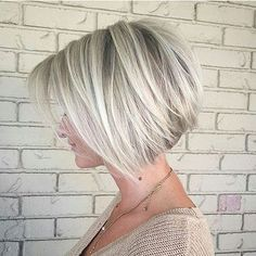100 Mind-Blowing Short Hairstyles for Fine Hair Angled Silver Balayage Bob With Swoopy Layers Layered Haircuts For Women, Short Bob Haircuts, Cool Haircuts, Hairstyles Haircuts, Natural Hairstyles, Stacked Bob Haircuts, Stylish Hairstyles, Haircut Short, Short Gray Hairstyles