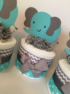 SET OF 3 Elephant Mini Diaper Cakes in Teal and Grey Elephant Baby Boy, Elephant Theme, Elephant Baby Showers, Fiesta Baby Shower, Boy Baby Shower Themes, Baby Boy Shower, Mini Diaper Cakes, Diy Diaper Cake, Teal Shower Ideas