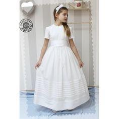 Vestidos de Comunión - Golositos Ropa Infantil Communion Dresses, White Dress, Fashion, Skirts, Clothes, Moda, White Dress Outfit, Fashion Styles, Fashion Illustrations