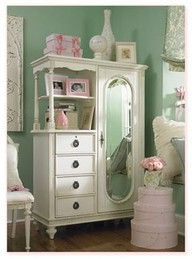 saw a cabinet something like this at a local antique store, might just have to go and get it!!