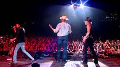Big & Rich - 'Save A Horse, Ride A Cowboy' live from CMC Rocks The Hunte...