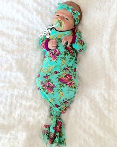 This modern unique outfit would be the perfect coming home outfit. This outfit comes with a matching knot headband. Wash in warm with like colors and hang dry for best results. Iron on medium heat as needed. Made with cotton jersey kn So Cute Baby, Baby Kind, My Baby Girl, Our Baby, Cute Babies, Baby Baby, Bebe Love, Take Home Outfit, Baby Going Home Outfit