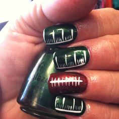 """""""Touchdown"""" Nail Design By: Francys Get Nails, How To Do Nails, Hair And Nails, Fall Nails, Packer Nails, Football Nails, Nail Polish Designs, Cool Nail Designs, Nails Design"""