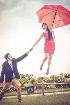 It can get incredibly awkward and even embarrassing to suddenly pose for couple pictures at your wedding or at the pre-wedding photo shoot. Wedding Couple Cartoon, Wedding Couple Photos, Couple Shoot, Wedding Couples, Wedding Poses, Couple Pictures, Wedding Tips, Wedding Pictures, Wedding Blog