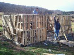 Building the pallet barn blog