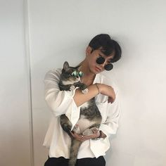 Imagen de boy, cat, and glasses