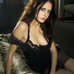 Watch here beautiful french actress eva green pussy pics with eva green nackt. You can find here sexy gallery of eva green tits & eva green pussy pics Bond Girls, Penny Dreadful, Eva Green Bond, Eva Green Wallpaper, Hd Wallpaper, Famous French Actresses, Actress Eva Green, Seigner, Actrices Sexy