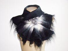 Wolle Schal Halsstück Kragen. Gefilzte von NataliyaMalik auf Etsy