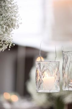 Baby's breath and lanterns