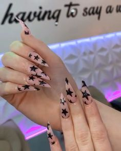 Pink stiletto star acrylic long nails- 𝕱𝖔𝖑𝖑𝖔𝖜 𝖋𝖔𝖗 𝖒𝖔𝖗𝖊 Best Picture For peach nails For Your Taste You are looking for something, and it is going to tell you exactly what you are looking for, and you didn't find that picture. Edgy Nails, Aycrlic Nails, Grunge Nails, Star Nails, Coffin Nails, Hair And Nails, Zebra Nails, Halloween Acrylic Nails, Best Acrylic Nails