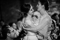 #bestfriends #moh #maidofhonor #theroundhouse #roundhousebeacon #hudsonriverphotographer #weddingmoments