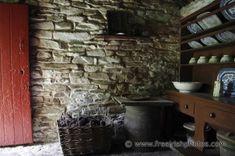 Old irish cottage interior photographs, desktop images, wallpaper and backgrounds.