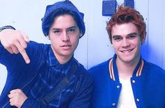Cole look like the arrested bad boy Kj Apa Riverdale, Riverdale Funny, Riverdale Memes, Riverdale Cast, Cole Sprouse Funny, Dylan Sprouse, Archie Comics, Funny Comics, Camila Mendes Riverdale