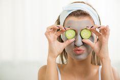 Ansigtsmasker kan være meget dyre, men fortvivl ikke, du kan nemlig lave dine helt egne. Se de nemmeste DIY-ansigtsmasker her.