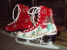 Christmas ☃ Winter White Ice Skate Wreath Hand Painted Ice Skates Figure Skates