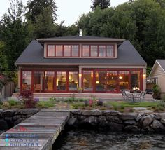 This #charming #lakeside home by Prestige Residential Construction in #Seattle is both inviting and green.