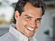 Christian De La Fuente Amor Bravio