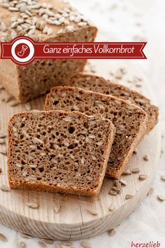 Anständiges Vollkornbrot – Brot Rezept ohne Sauerteig Bread recipes, whole grain recipes: Recipe for a simple whole grain bread from herzelieb. Quick and easy to bake! Without leaven with yeast in German grain grain bread Bread Recipes, Baking Recipes, Desserts Sains, Pan Integral, Grain Foods, Whole Grain Bread, Healthy Dessert Recipes, Bread Baking, Baked Chicken