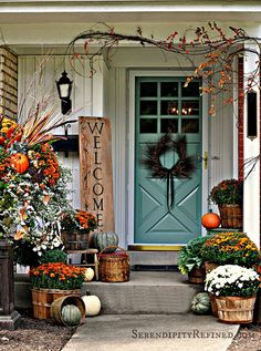 Use these pretty fall decorating ideas to add pizzazz to your porch this autumn.