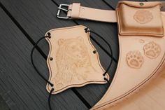 "Armprotector for archery ""Des ours"""
