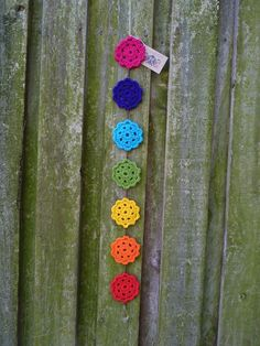 Mandalas and chakras Crochet Cross, Love Crochet, Learn To Crochet, Crochet Motif, Crochet Doilies, Knit Crochet, Crochet Decoration, Crochet Home Decor, Crafts