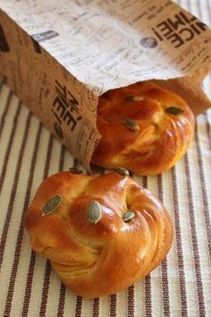 「かぼちゃパン」Happiness-bread | お菓子・パンのレシピや作り方【corecle*コレクル】