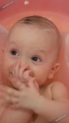 Cute Babies, Fun Baby, Learning Websites, Cute Baby Videos, Newborn Babies, Shower Time, Traveling With Baby, Cool Baby Stuff, Bedtime