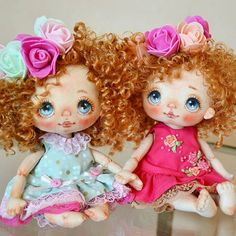 Two cute baby sisters Tiny Dolls, Soft Dolls, Disney Baby Dolls, Doll Painting, Sewing Dolls, Felt Toys, Custom Dolls, Fabric Dolls, Stuffed Toys Patterns