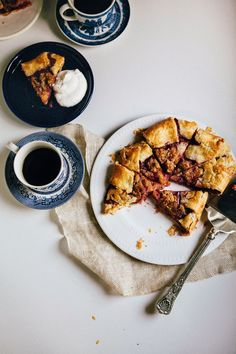 Hummingbird High: Plum and Marzipan Crumble Galette Healthy Dessert Recipes, Breakfast Recipes, Desserts, Fruit Recipes, Almond Recipes, Baking Recipes, Sicilian Recipes, Sicilian Food, Galette Recipe