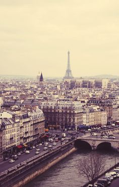 Paris, France Wow, what a site Oh The Places You'll Go, Places To Travel, Places To Visit, Travel Destinations, Paris Torre Eiffel, Oh Paris, Paris City, Cities, Monuments
