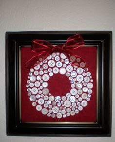 Bobbi Finley: One Quilter's Journey: Christmas Crafts - Button Wreath by Nancy H from Arizona. Christmas Buttons, Noel Christmas, Homemade Christmas, Diy Christmas Gifts, Christmas Projects, Christmas Decorations, Christmas Ornaments, Christmas Button Crafts, Button Ornaments