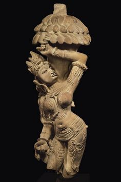 A buff sandstone figure of Salabhanjika India, Madhya Pradesh, Khajuraho, Stone Sculpture, Sculpture Art, Asian Sculptures, Buddha Painting, Indian Architecture, India Art, Hindu Deities, Greek Art, Ancient Art