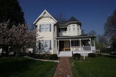 A Queen Anne style House
