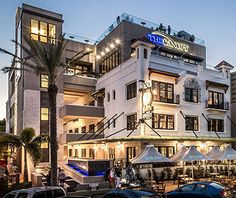 These beach bars in the St. Pete/Clearwater area serve up drinks and beach views. See our list for top places to go for a cocktail and waterfront view. Beach Hotels, Hotels And Resorts, Tampa Hotels, Fort Lauderdale, St Pete Beach, Tampa Bay Area, Clearwater Florida, Petersburg Florida, Beach Bars